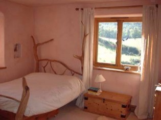 Single Private  at Holycombe Holistic Retreat Centre