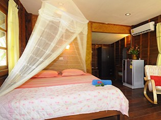 A/C Bungalow at Island Yoga