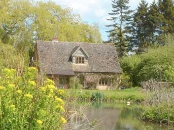 The Lodge at Holycombe Holistic Retreat Centre