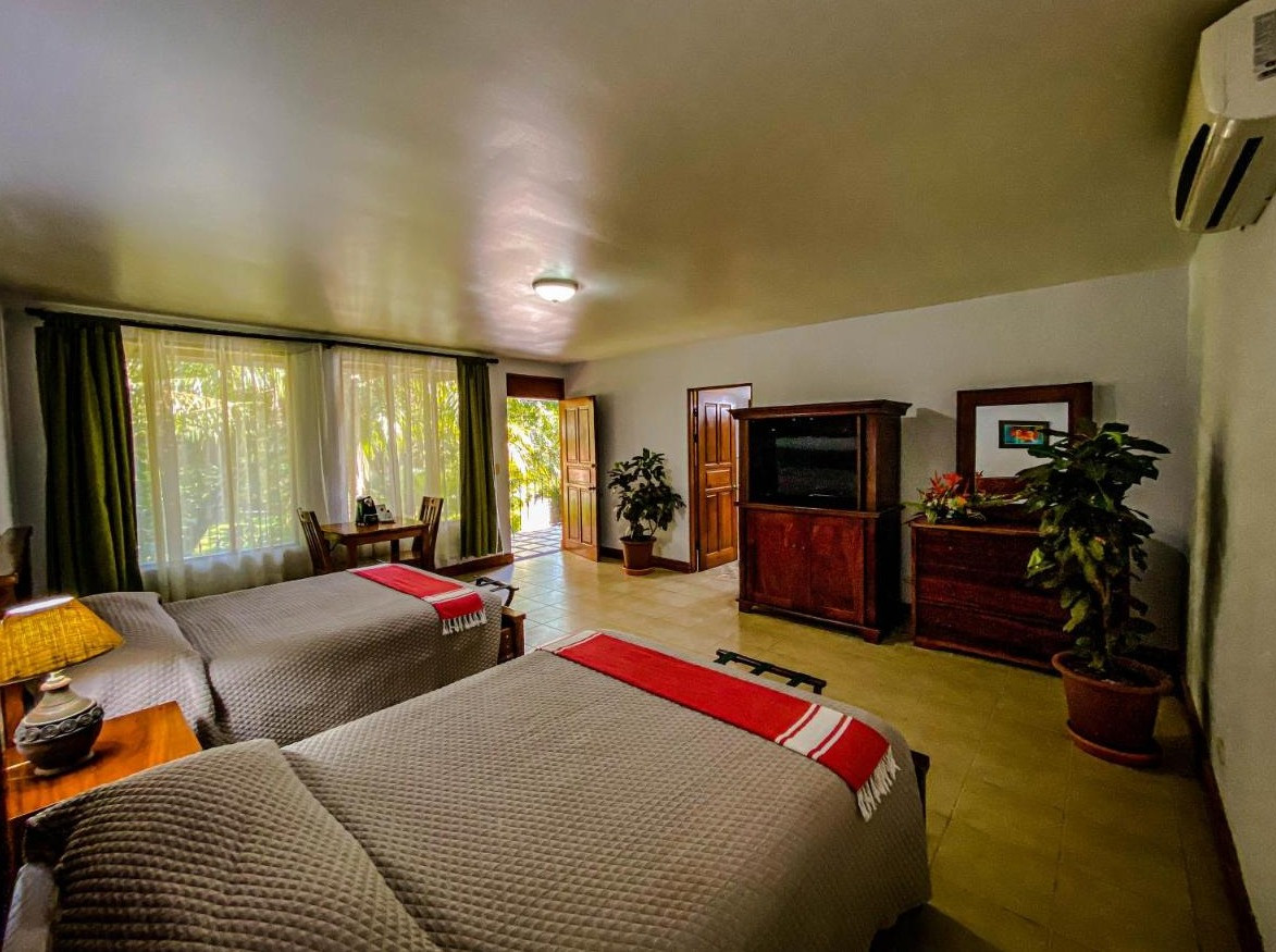Shared Room at Doce Lunas