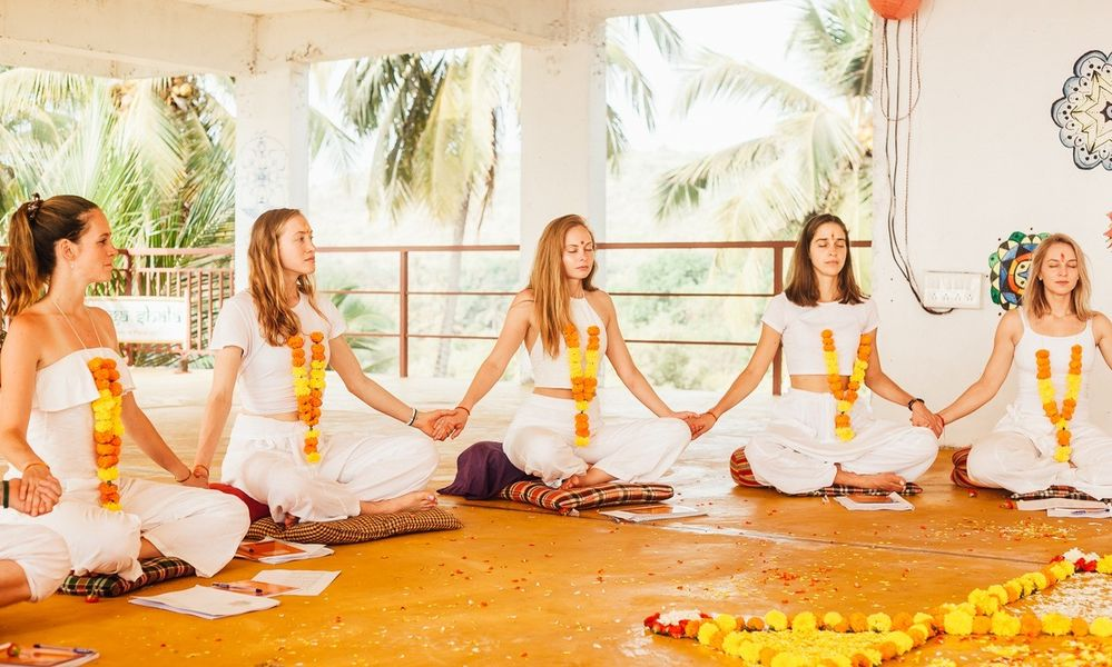 11 Day 100hr Hatha Ashtanga Yoga Teacher Training in India, Goa